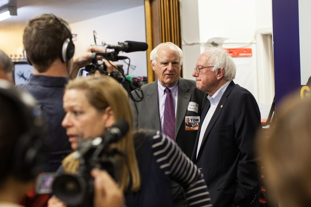 Mayoral candidate Tom Butt and Sen. Bernie Sanders at the RPA reception. (Photo by Martin Totland)
